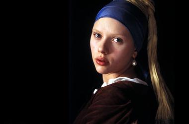 戴珍珠耳环的少女剧照