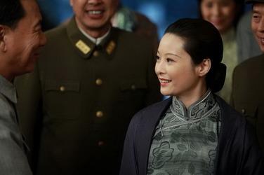 中国重庆风云_宋庆龄是谁演的,宋庆龄扮演者,中国1945之重庆风云